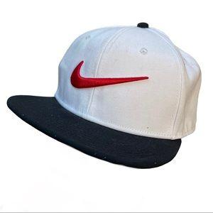 NIKE PRO sportswear swoosh classic hat cap